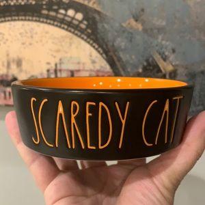 Rae Dunn Scaredy a cat 🐈⬛ Halloween 👻